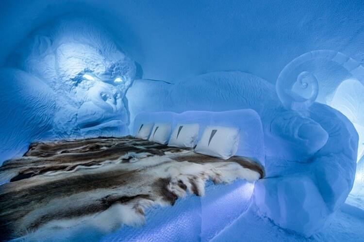 บ้านน้ำแข็ง