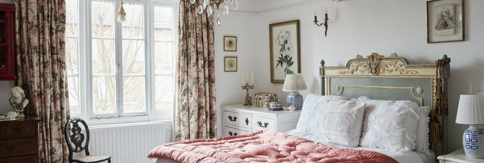 vintage bedroom decorating tips