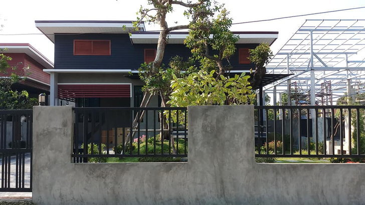 Build a modern house wall